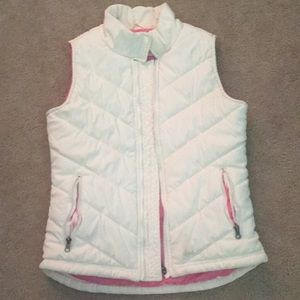 Whitish beige vest